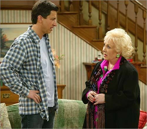 Marie Barone (Everybody Loves Raymond).  Marie's character is the lone reason why Everybody Loves Raymond would never approach the top 10 sitcoms of all time for me.  I found her character so manipulating that she drove me crazy.  I know she was meant to be an instigator, but she was played too well.  I really, REALLY disliked her.