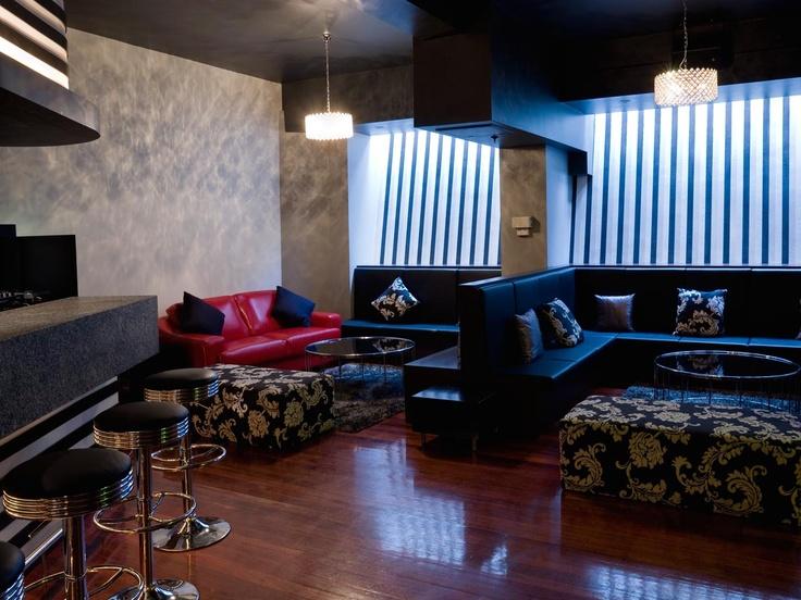 Decca Bar