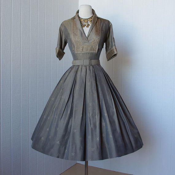 vintage 1950's dress ...gorgeous designer NORMAN WIATT metallic gold fleur de lis full skirt shirtwaist pin-up dress