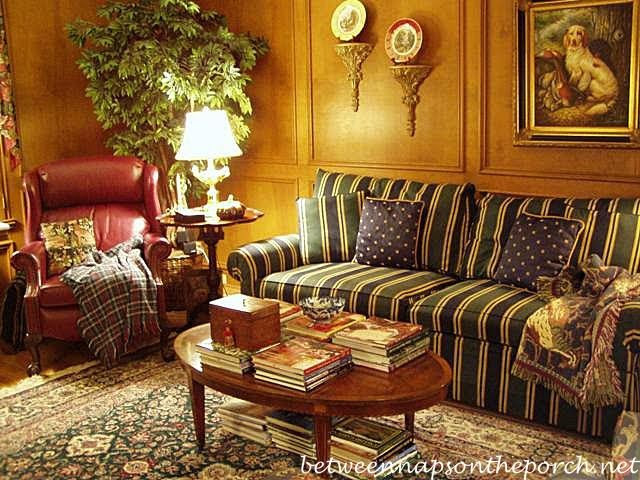 English Style Living Room Design With Different Colors