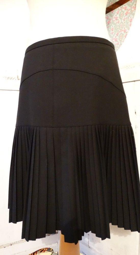 d29d163ea43224 Jupe neuve marque CAROLL noir plissée sur le bas de la jupe taille ...