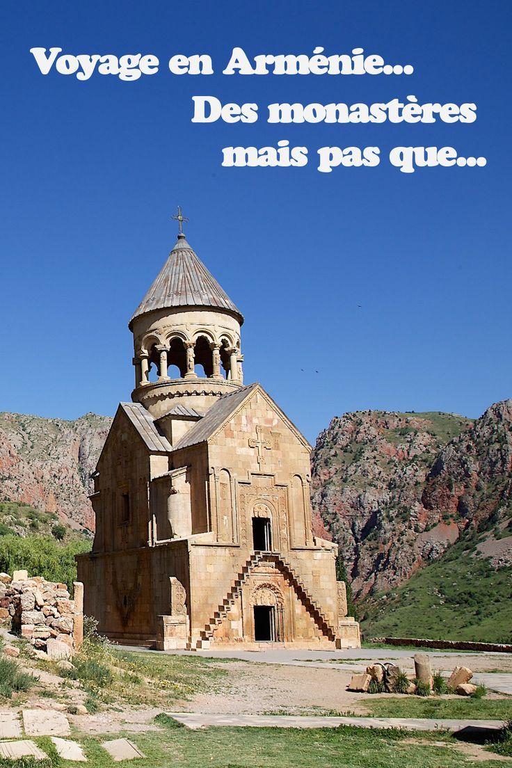 En juin 2014, nous sommes partis à trois avec mini baroudeuse qui avait alors 7 mois, visiter le nord de l'Arménie et le sud de la Géorgie pendant 2 semaines, à l'occasion du mariage d'un ami arménien à Erevan. Nous devons avouer que nous ne savions pas trop à quoi nous attendre et que le peu d'informations et guides sur cette destination, nous a dévoilé tout au plus quelques noms de monastères immanquables ! Ce voyage fut un de nos coups de coeur 2014 ! #armenia #armenie #monastery…