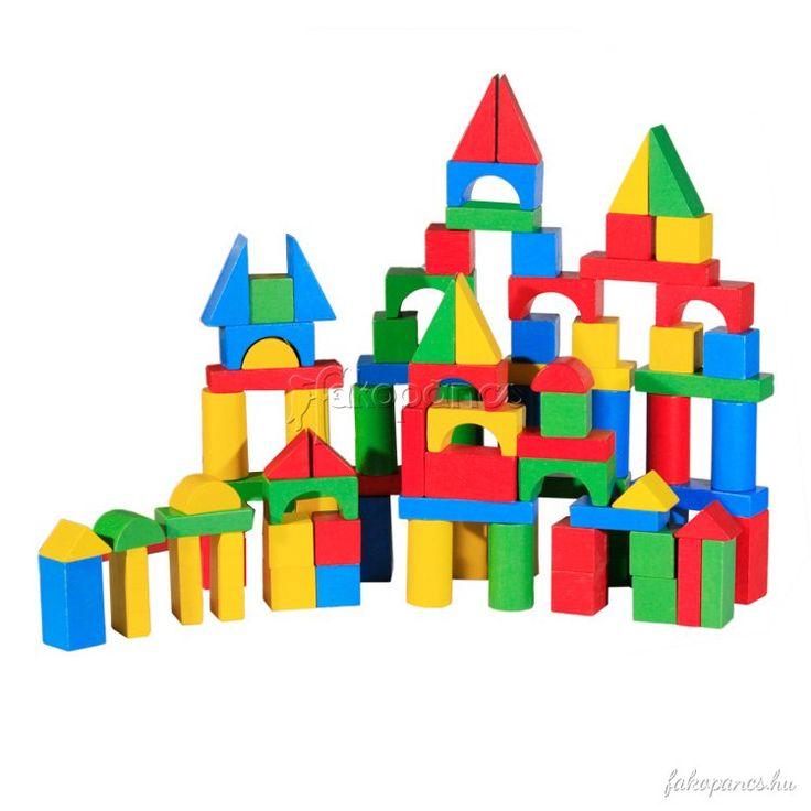 Építsen+együtt+a+család.+Segítse+gyerekét+a+térformák+megismerésében,+minél+izgalmasabb+alakzatok+összerakásában.+A+fa+építőkocka+100+db+elemet+tartalmaz,+az+alakzatok+egyik+oldala...