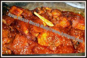 Salah satu makanan kegemaran anak-anak. Kalau buat selalunya habis.        Bahan-bahan   1/2 ekor ayam potong 8  1 biji bawang besar  4...