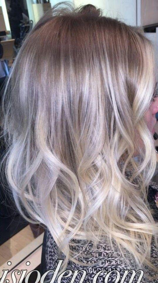 Ash blonde ombre