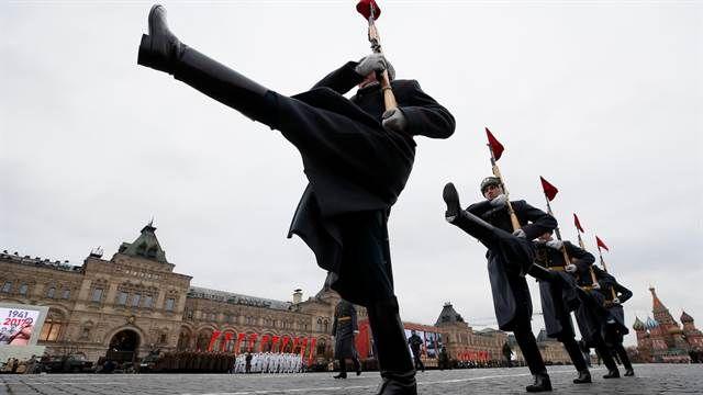 En fotos: así celebra Rusia el centenario de la Gran Revolución Socialista
