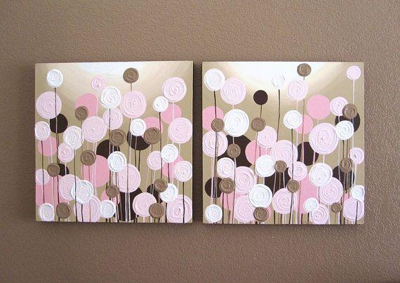 Rosa y marrón con textura flores - este conjunto más grande de flores abstractas tiene una dimensión total de 20 x 40(cada pintura es 20 x 20) y hace una gran declaración en un vivero de color rosado y marrón. Estas piezas son de textura gruesa impasto (puede ver un cierre para arriba de la textura en la última foto) para algunos agradable dimensión.  Este listado está para dos telas. Cada lienzo en el conjunto de medidas 20 x 20 y es 1,5 de profundidad. Se pintan en todos los bordes en un…