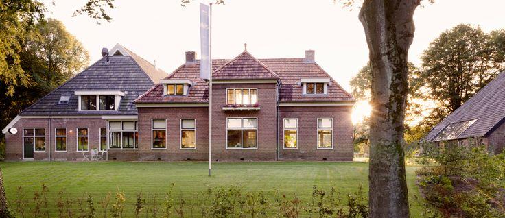 """In de kop van Drenthe ten oosten van Assen ligt het dorp Eext. Een typisch Drents Esdorp. Met ten noorden het Nationale Park """"Drentsche Aa"""". Een van de 20 unieke nationale parken die Nederland rijk..."""