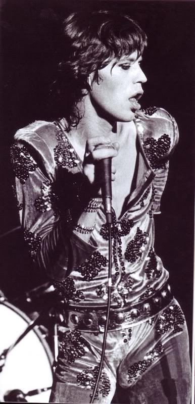 Show your favourite Mick Jagger fotos.                                                                                                                                                     More