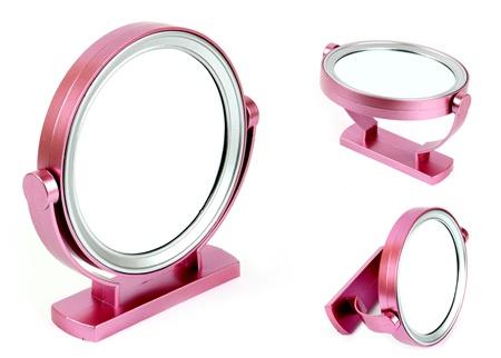 Merrys: Çift Taraflı Makyaj Aynası 5,90 TL