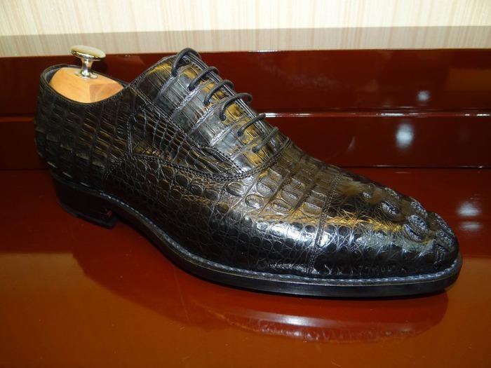 Обувь из кожи акулы