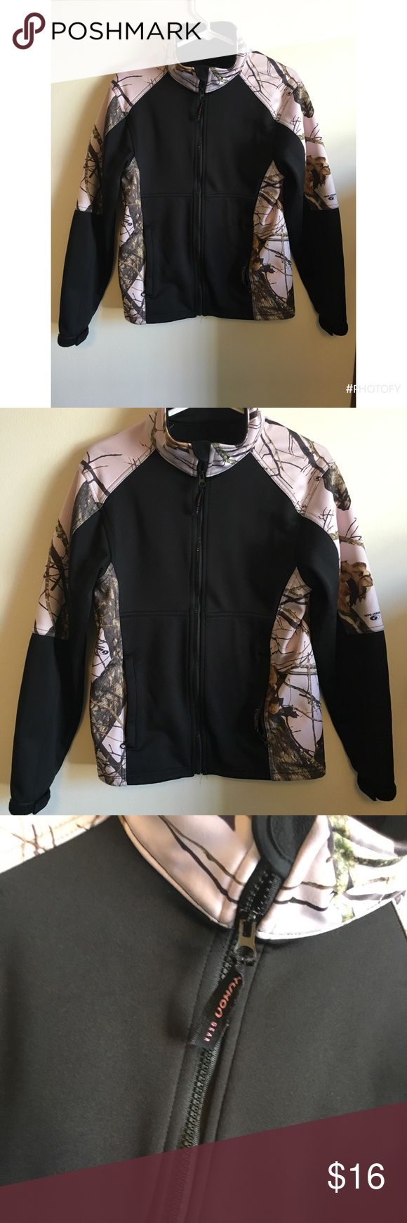Yukon Pink Camo Jacket Warm and comfy. Fleece lined. Looks new yukon Jackets & Coats Utility Jackets