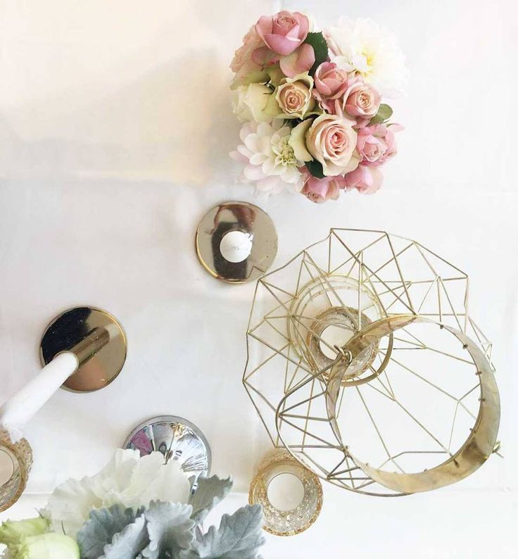 Sweet dusty pink, blush and gold centerpiece inspiration