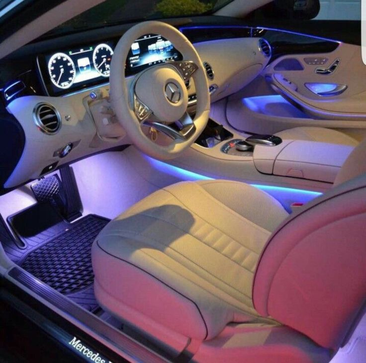 best 20 car interiors ideas on pinterest luxury cars interior bently car and bentley car. Black Bedroom Furniture Sets. Home Design Ideas