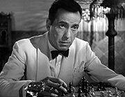 """Casablanca   Ilsa Lund (Ingrid Bergman)  Suonala, Sam. Suona """"As time goes by""""  (Play it, Sam. Play """"As Time Goes By"""".)  Frase scelta da 1500 addetti ai lavori dell'American Film Institute come la numero 28 tra le 100 migliori citazioni cinematografiche di tutti i tempi tratte da film di produzione USA"""
