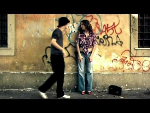 24000 baci (24000 kisses) ~ Aylin Prandi ~ an old italian song in new and cute version <3