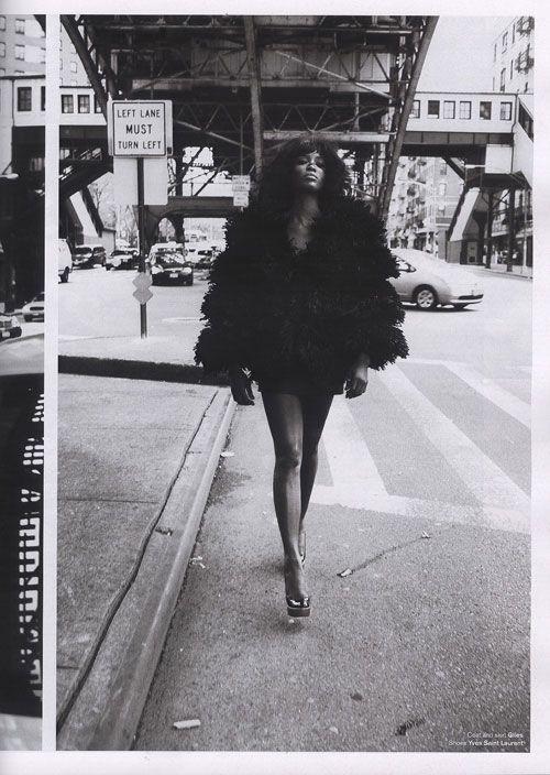 Naomi/IMG. Ph: Mario Sorrenti for V magazine