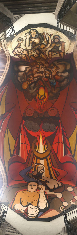 Autor: David Alfaro Siqueiros Año: 1945-1971 Título: Patricios y Patricidas Ubicación: Antigua Aduana (dependencias de la SEP).  Este mural se encuentra en el techo de las escaleras y en los cubos laterales de esta. La idea original era comparar figuras imperialistas con héroes mexicanos, sin embargo la SEP nunca concretó el apoyo por lo que Siqueiros se vió obligado a abandonar el mural