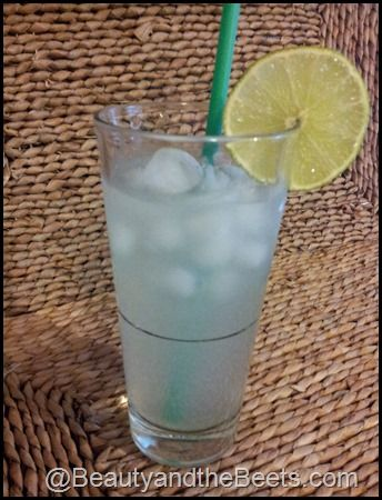 As summer ends, I am not willing to let go of my favorite summer drink- the Starbucks Cool Lime Refresher. Here's a recipe so you can re-create it from home
