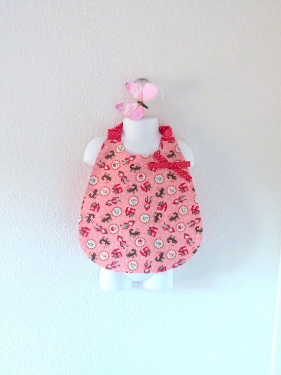 Baby girl bib printed of the Little Red Riding par LittlePoupettes
