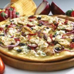 Pizza méditerranéenne à croûte mince @ qc.allrecipes.ca