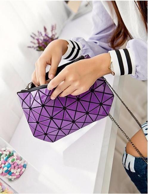 GEOMETRIC BAGS - Geneve Purple Clutch Bag Spark Wide