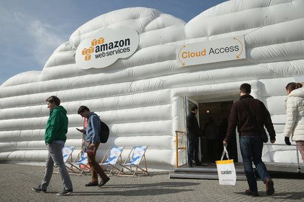 Tech Roundup: Amazon Error Is a Reminder That No Company Is Infallible An error at an Amazon data center in Virginia caused chaos for a number of websites. The mistake offers a lesson on dependency. Technology Computers and the Internet Cloud Computing Data Centers
