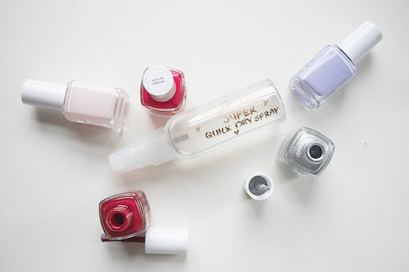 Nail polish quick dry spray