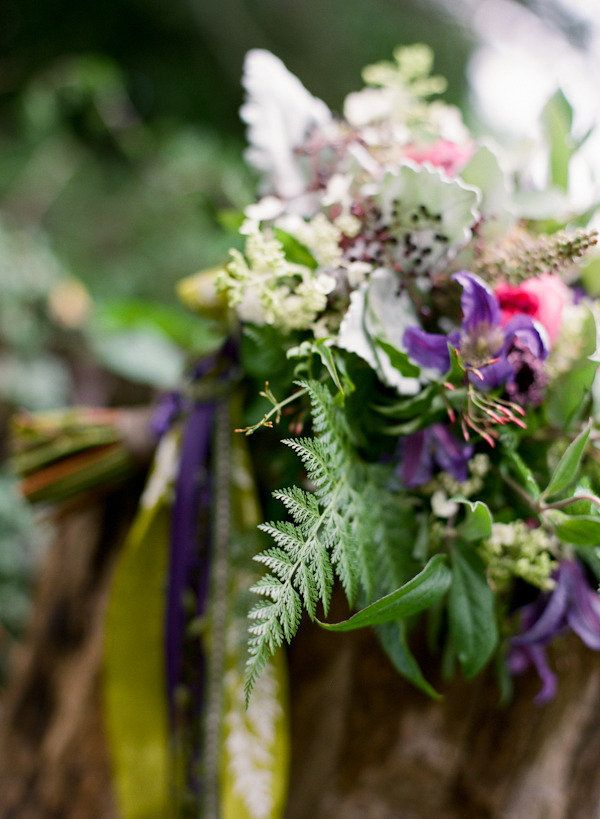 Consider this photography workshop captured byJen Fariello Photographya two-for-one. From a garden inspired tablescape complete with moss runners and honeypot favors to a cozy barn dinner with farm-fresh details galore, there are crazy amounts of inspiration to be had and the grounds ofBelle Havenare delivering. Jen teamed up with a host of great vendors including […]