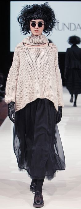 Ivan Grundhal - AW 2013 / 2014 Lagenlook (Origins) a sweater with my black and green skirt new idea for winter and black boots I like