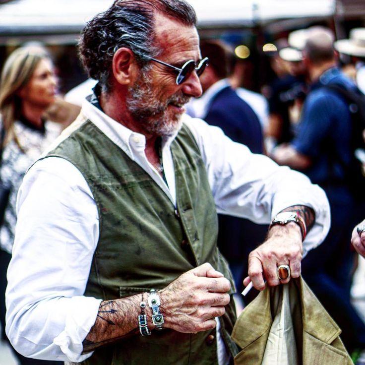 #ピッティ#オフショット#速報 #アレッサンドロスクワァルツィ #やっぱりカッコいいスクさん #スクアルツィ#スナップ#ファッション #pitti#snap#fashion#AlessandroSquarzi#Squarzi
