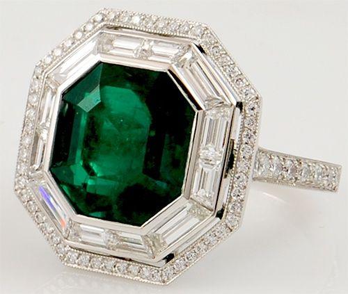 Platinum Emerald & #Diamond Ring. http://jangmijewelry.com/