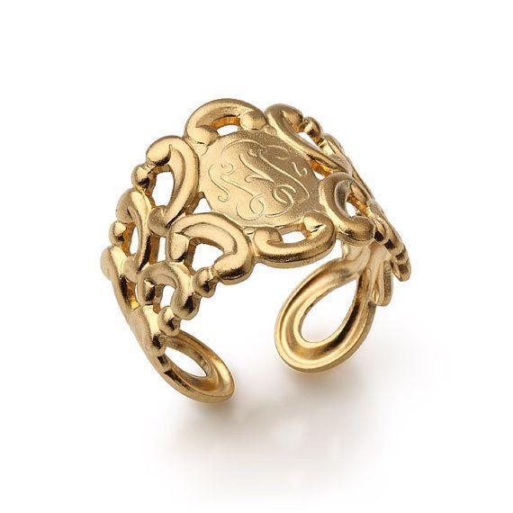 verguld vintage monogram geïnspireerde ring van Netaly Shany sieraden & accessoires op DaWanda.com