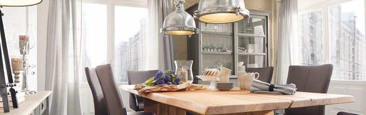 Leuke eettafel lampen. Modern Industrieel ontwerp.  kijk op www.licht-wonen.nl #verlichting#wonen#industrieel#lampen