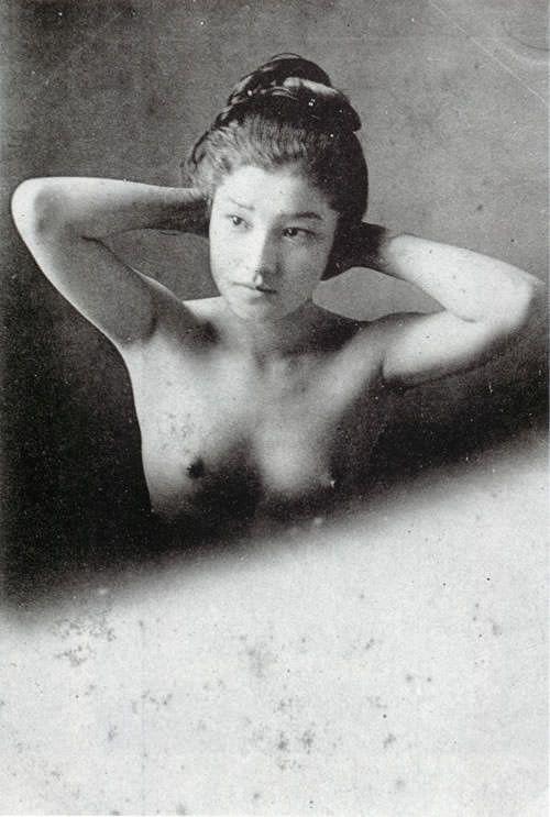 半裸の女性(明治時代の美人ランキング) | 幕末ガイド