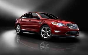 An all-new 2013Ford Taurus, revealed at the April 2011 New York International Auto Show, aims to build on that success. The 2013 Taurus is expected to go on sale in the spring of 2012.The 2013 Ford Taurus gets a major facelift, with a new grille panel, incorporating the same kind of inverted trapezoid at the bottom center of the nose