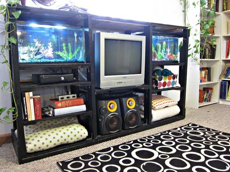 pallet entertainment center diy