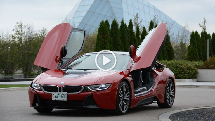 Such a beautiful intense red color can not pass by without admiration from eveyone around it! Bmw I8 is itself a futuristic model and impressive car. But if we add this beautiful color then we have BMW I8 Protonic Red edition. This model in the video has 1.5/7.1 kWh (362 Hp) and can reach 100km/h [�]