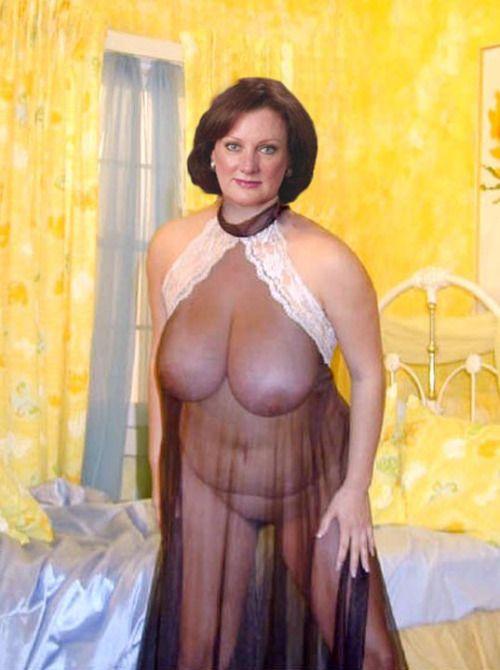 2 hotties have fun with 1 huge dildo 10