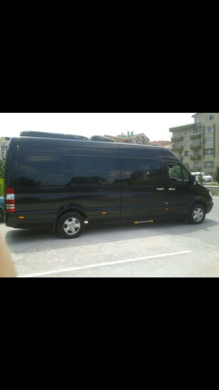9+1 pax vip Mercedes Sprinters with full screan lcd, Coffea and Real service in your service in İstanvul Ankara İzmir