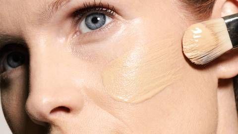 make up make up tipps f r reife haut make up reife. Black Bedroom Furniture Sets. Home Design Ideas
