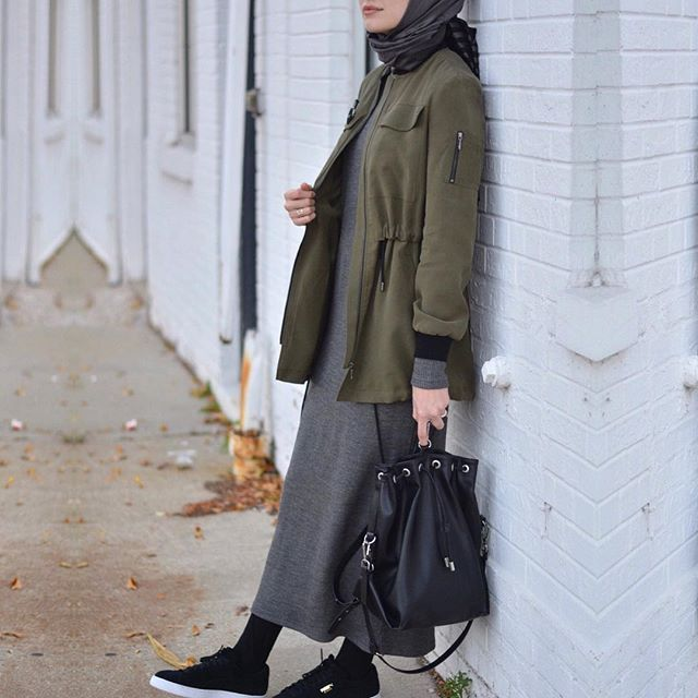 Bomber ceket aşkına buaralar en sevdigim trend @secilstore da • #hijabfashion #hijabmodesty #hijabonline #fromwhereistand #hijabtutorial #hijab #hijabista #hijabstyle #hijaber #hijabstore #hijabdaily #modesty #modestfashion #fashion #hijabcantik #hijabmodern #muslimah #style #streeystyle #hijabhigh #hijabtrend #hijabcasual #abaya #hijabchic #chichijab #secilstore #streetstyle
