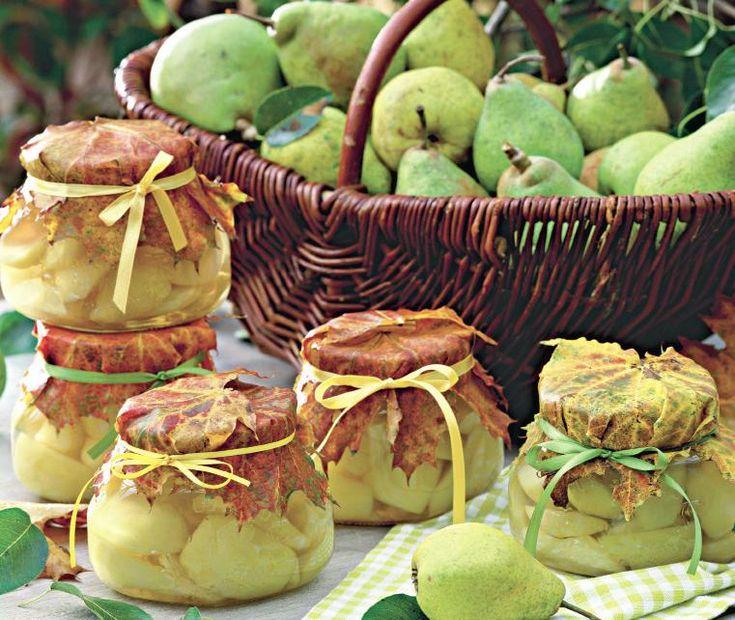 Compot de pere...peren opgelegd...heerlijk op een koude gure winteravond...
