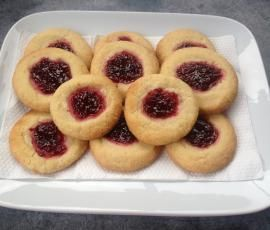 Jam Drop Biscuits by Thermomix on www.recipecommunity.co.uk