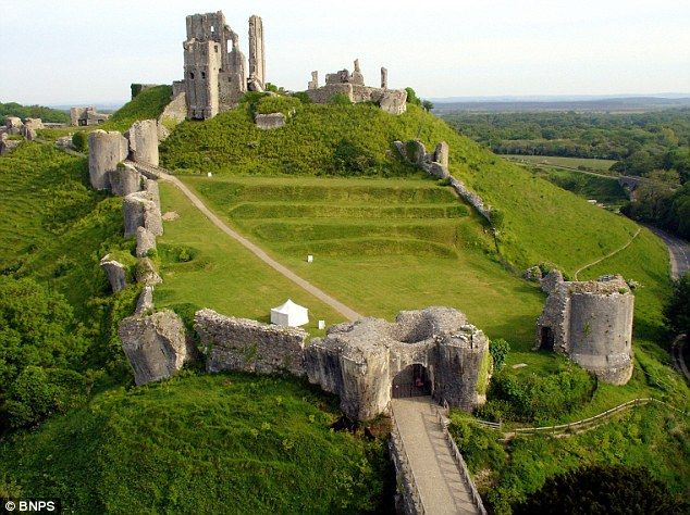Corfe Castle where in 978 King Edward was murdered