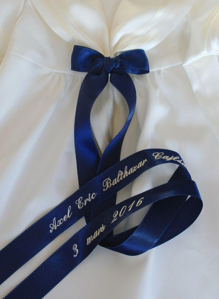 vackert dopbroderi till sjömansklänning