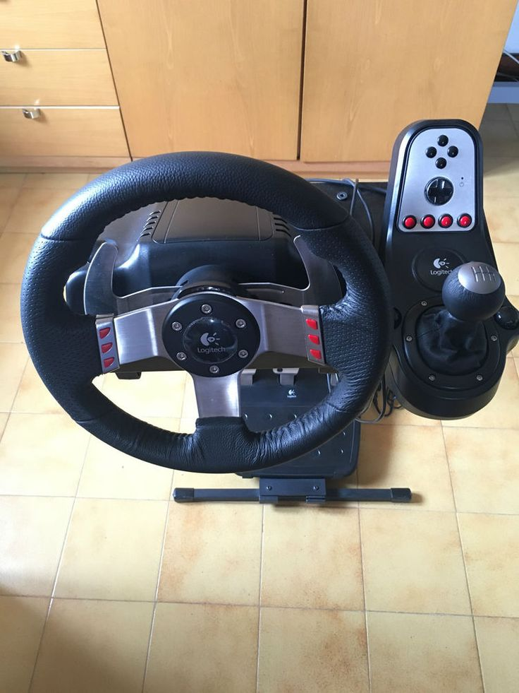 Logitech G27 Gaming Racing Wheel+pedaliera +cambio+ supporto per PC/PS2/PS3