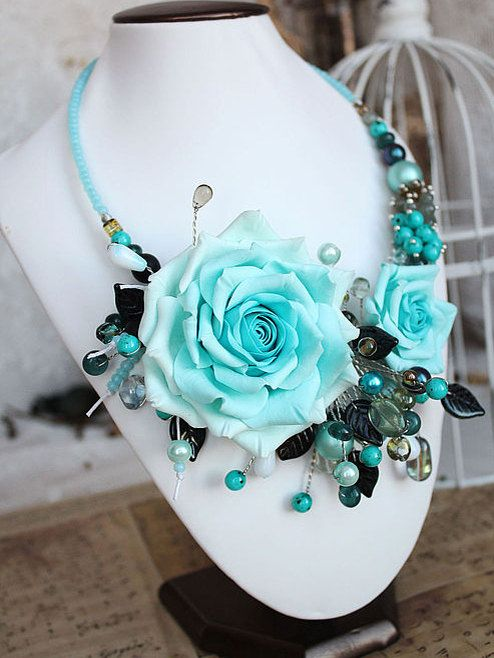 flower necklace - blue roses necklace,statement necklace, polymer clay flowers