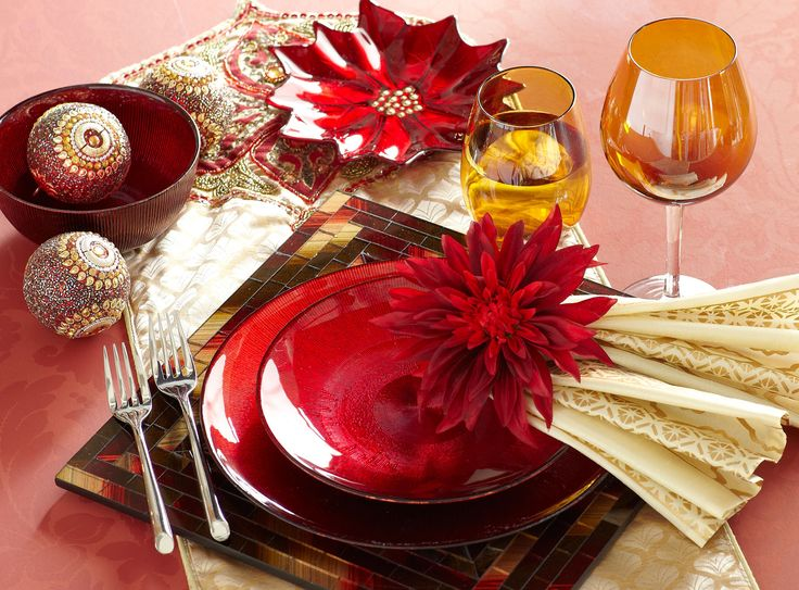 Christmas Place Settings: Traditional @Piers Enmann.com
