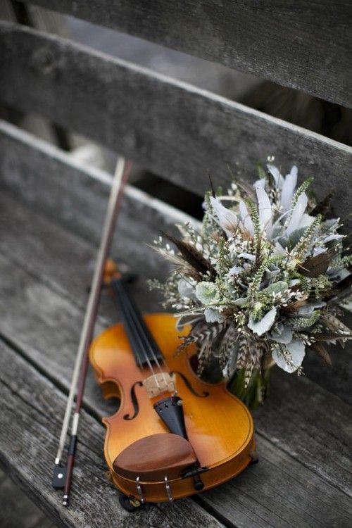 Sons que fluem,que inspira,que transmite a mais bela melodia.violino perfeito.